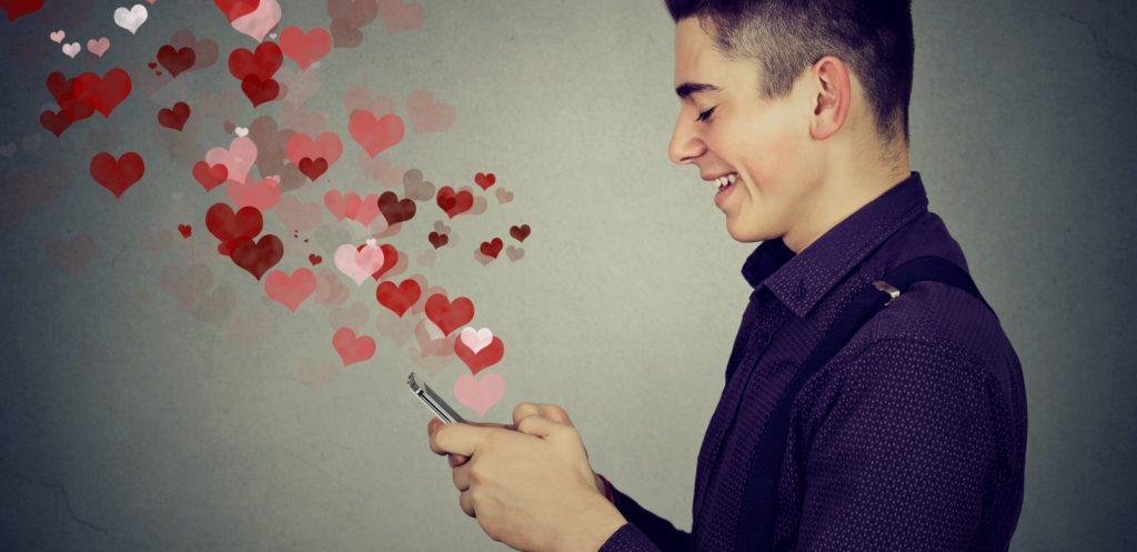 Jak uwodzić klienta, czyli co zrobić by klient zakochał się w marce?